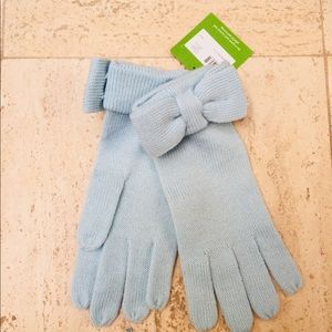 KATE SPADE ADORABLE WINTER GLOVES IN BABY BLUE💙❣️